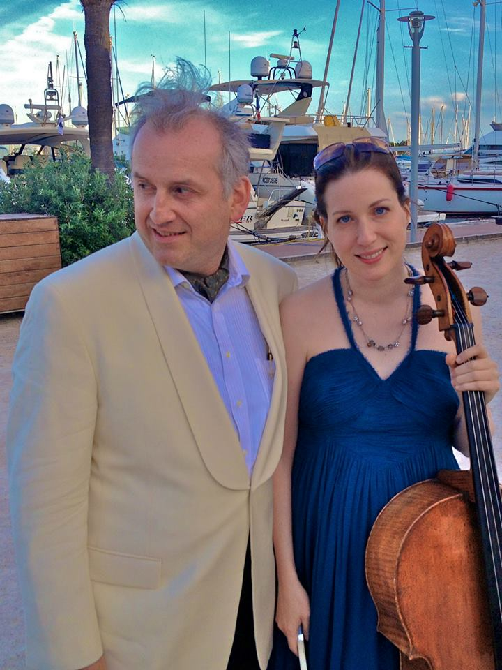 Conductor Drostan Hall with cellist Wendy Warner in Bandol. By Aurelien Petillot.