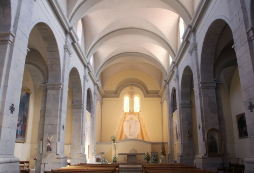 europeantour0401-marseille-lagarde-eglise-500x341