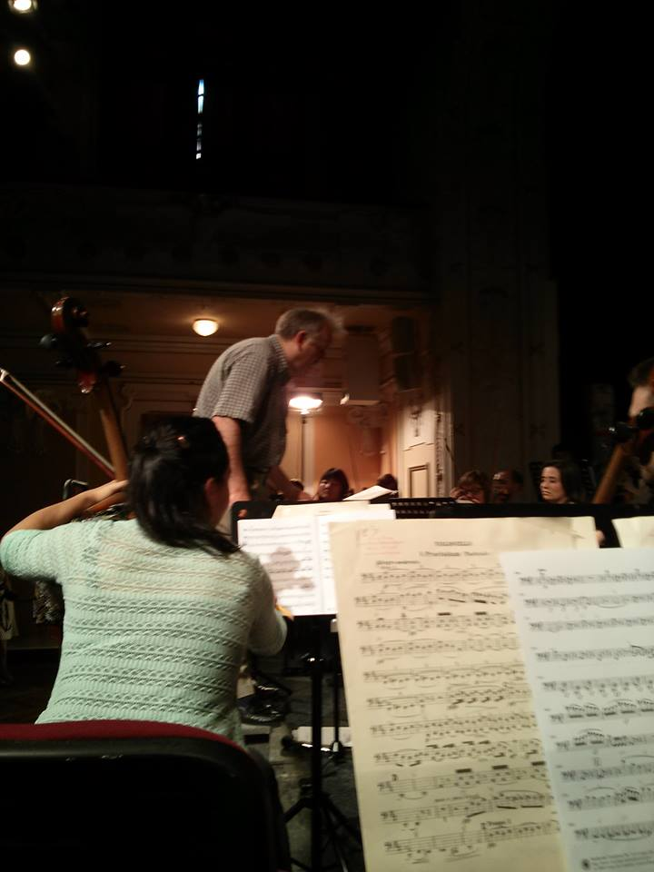 (Practically) Rehearsing at Smetana's house — with Drostan Hall. By Chris Ferrer.