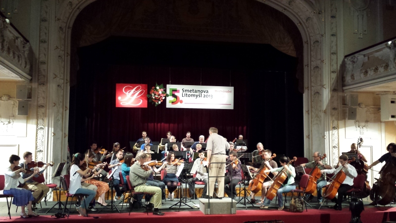 Camerata Chicago rehearsing at Smetanova Litomyšl. By Ariane Hall