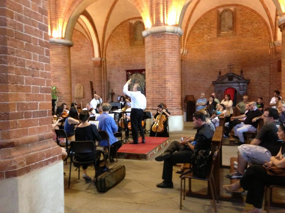 Concert for the Festival Ultrapadum at Abbazia di Morimondo, Milan, Italy on June 23. By Laura Smith